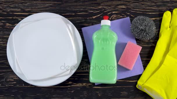 Atributy pro mytí nádobí