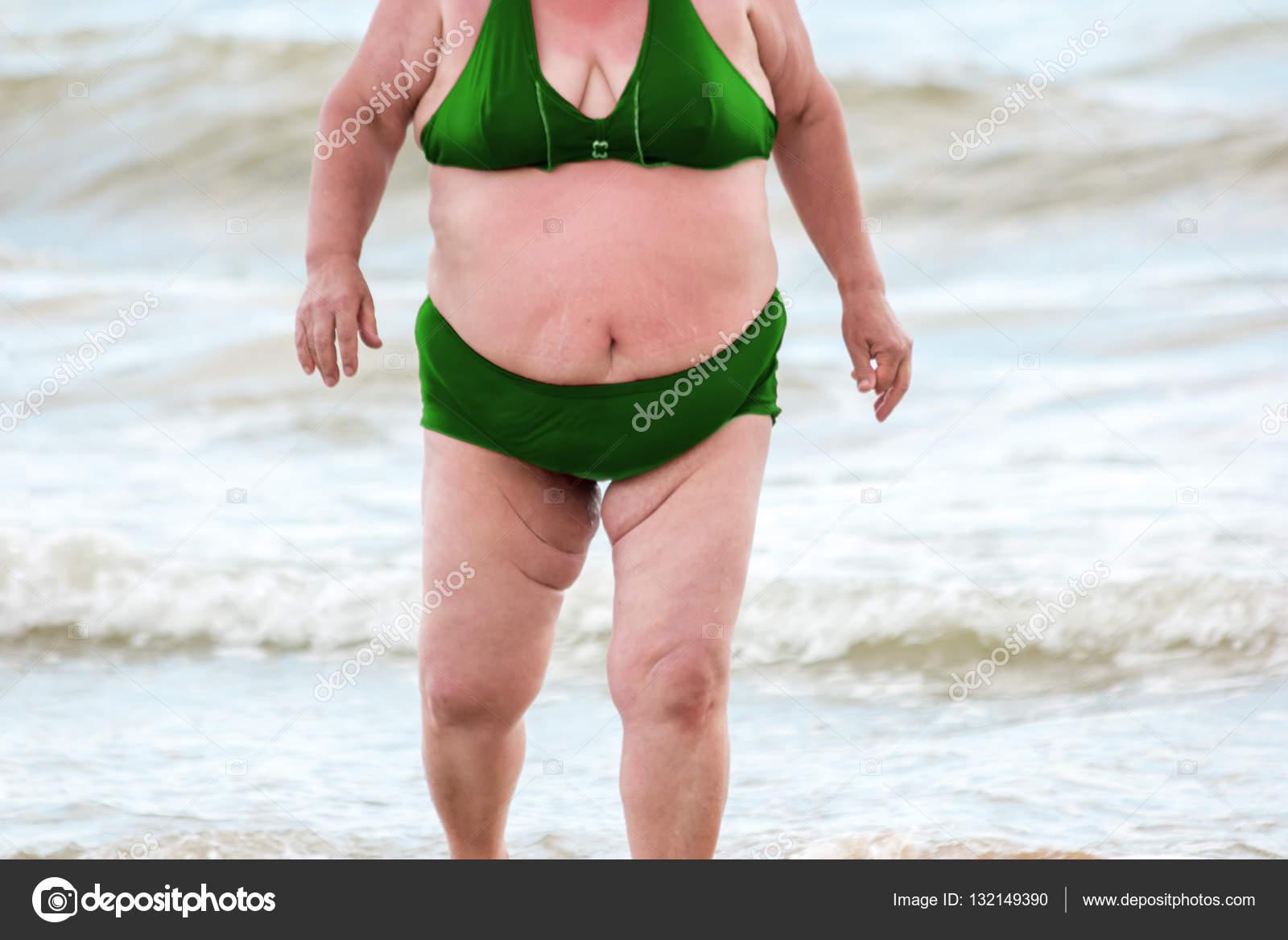 Толстые женщины на прогулке, Фото толстушек с жирными ляжками - лучшие галереи 26 фотография