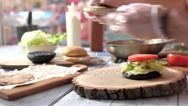 Ruce, takže rychlé občerstvení sendvič.