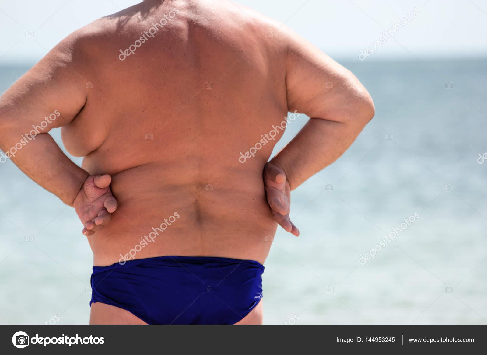 ᐈ Gordos En La Playa Imágenes De Stock Fotos Hombre Gordo Playa Descargar En Depositphotos