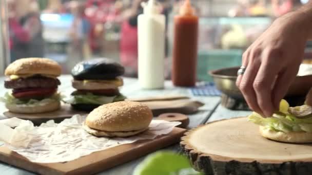 Ruce, takže burger