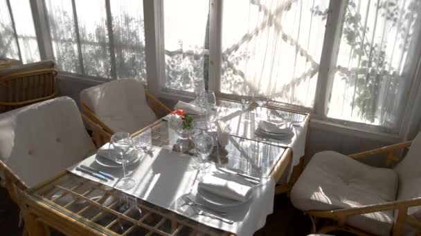 Židle a jídelní stůl
