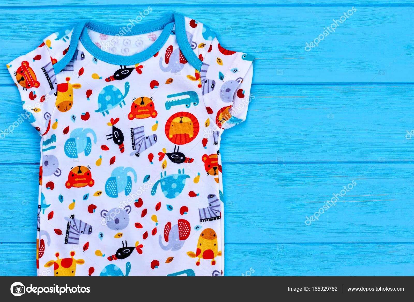 4150feb72ee Φίνο σχεδιασμό φορμάκι για νεογέννητο — Φωτογραφία Αρχείου ...