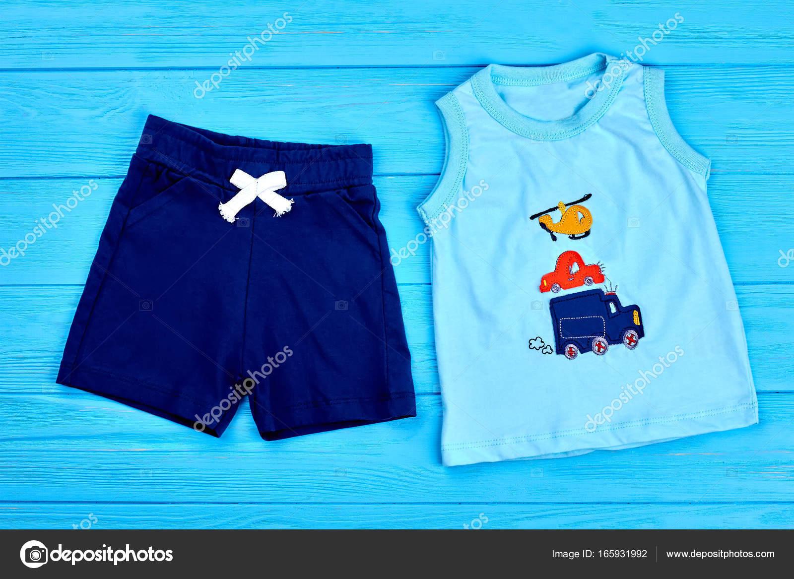 Vestito estivo cotone moda bambino ragazzo u2014 foto stock