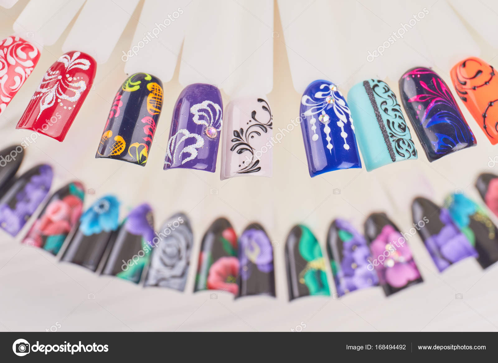 Finger Nagel-Kunst-Design-Muster — Stockfoto © Denisfilm #168494492