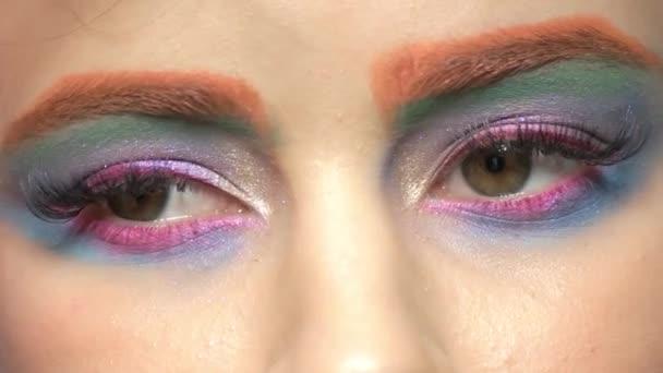 Umělecké oční make-up makro.