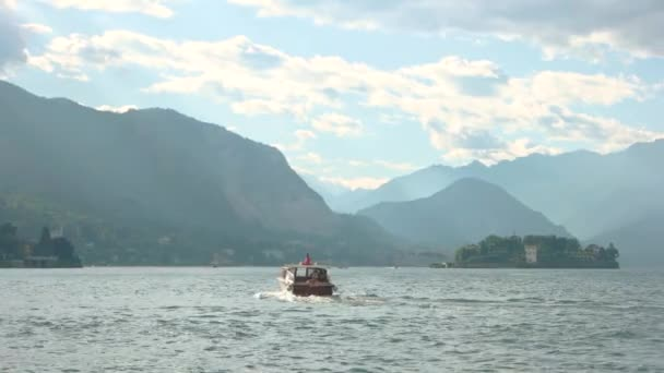 Maggiore lake and mountains.