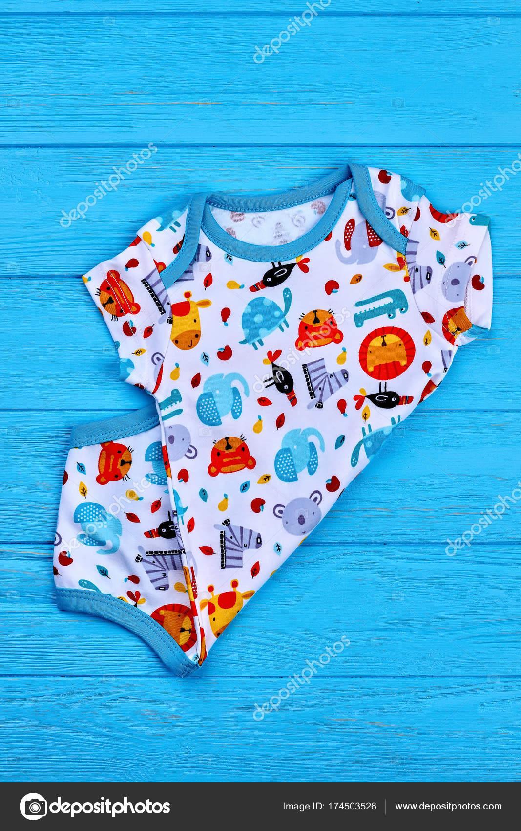 9b6e8b30b758 Top quality patterned baby bodysuit. — Stock Photo © Denisfilm ...