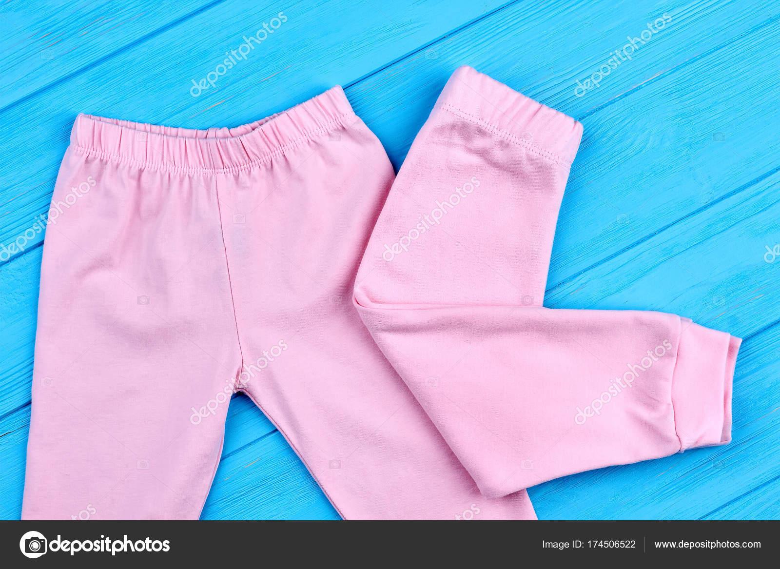 f4d4e881c Moda pantalones color rosa para las niñas. Polainas naturales suaves para  bebés niñas