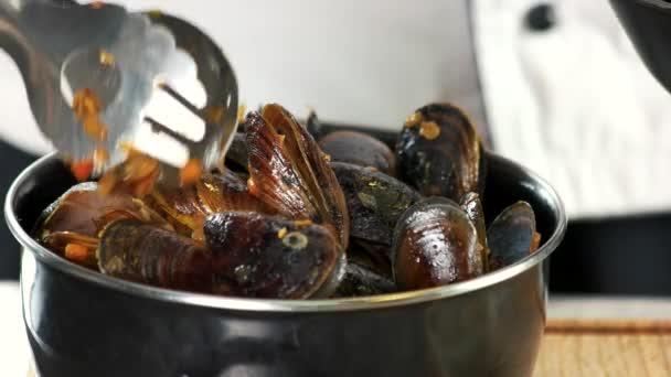 gekochte Muscheln aus nächster Nähe.