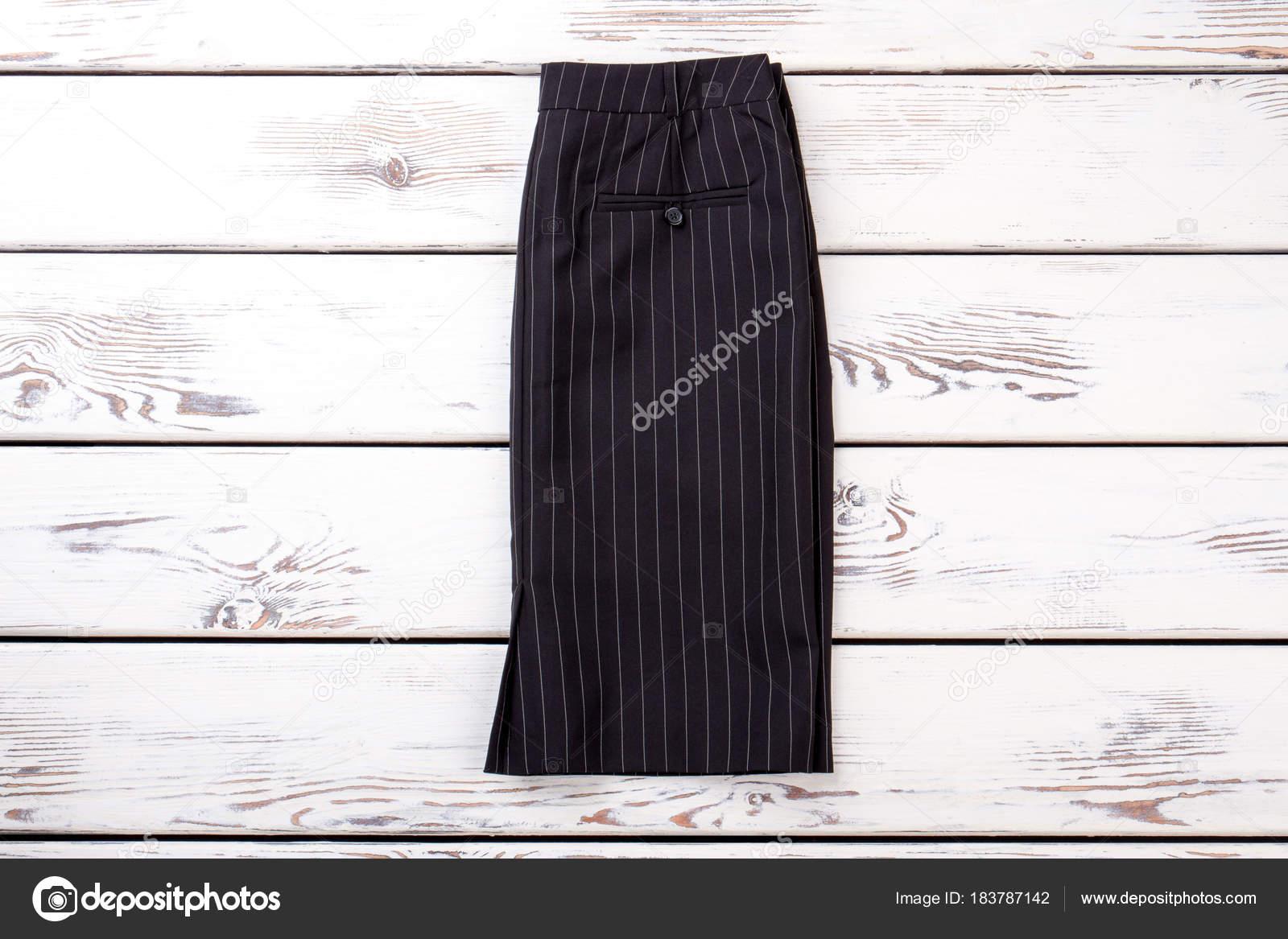 41fc32b279 Las mujeres negro falda de rayas para madera fondo de oficina trabajo