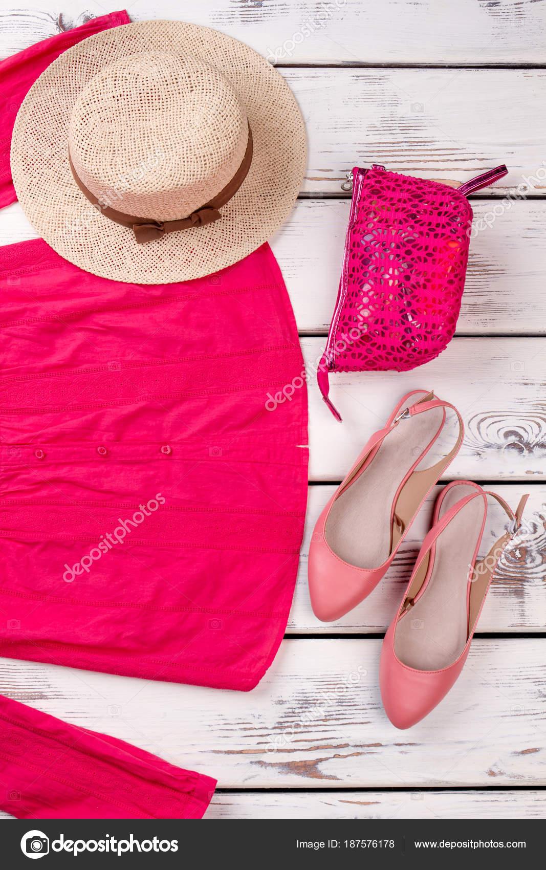 Жіночий одяг  рожеві блузка b0bc734f4b20c