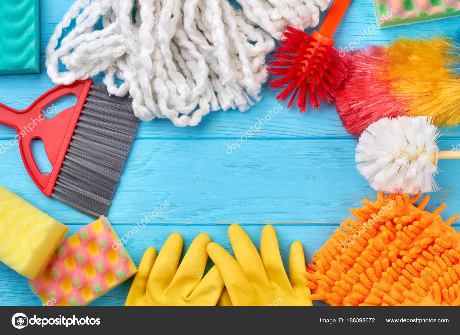 Marco de la colores artículos de limpieza — Foto de stock ...