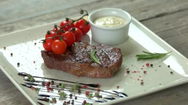Ribeye steak zblízka.