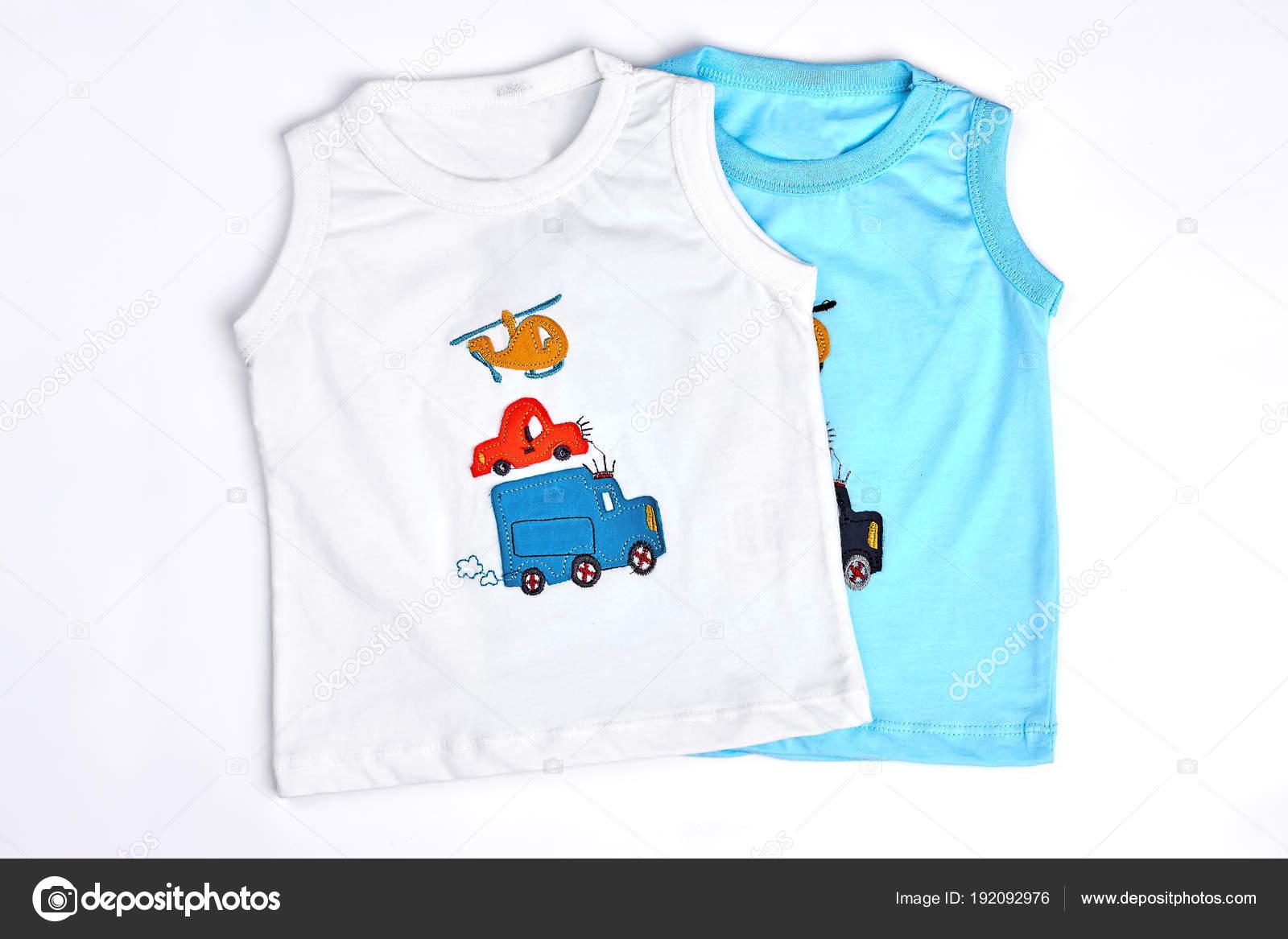 5025046584f0 Συλλογή από νέα μπλουζάκια για το μωρό-αγόρια — Φωτογραφία Αρχείου ...