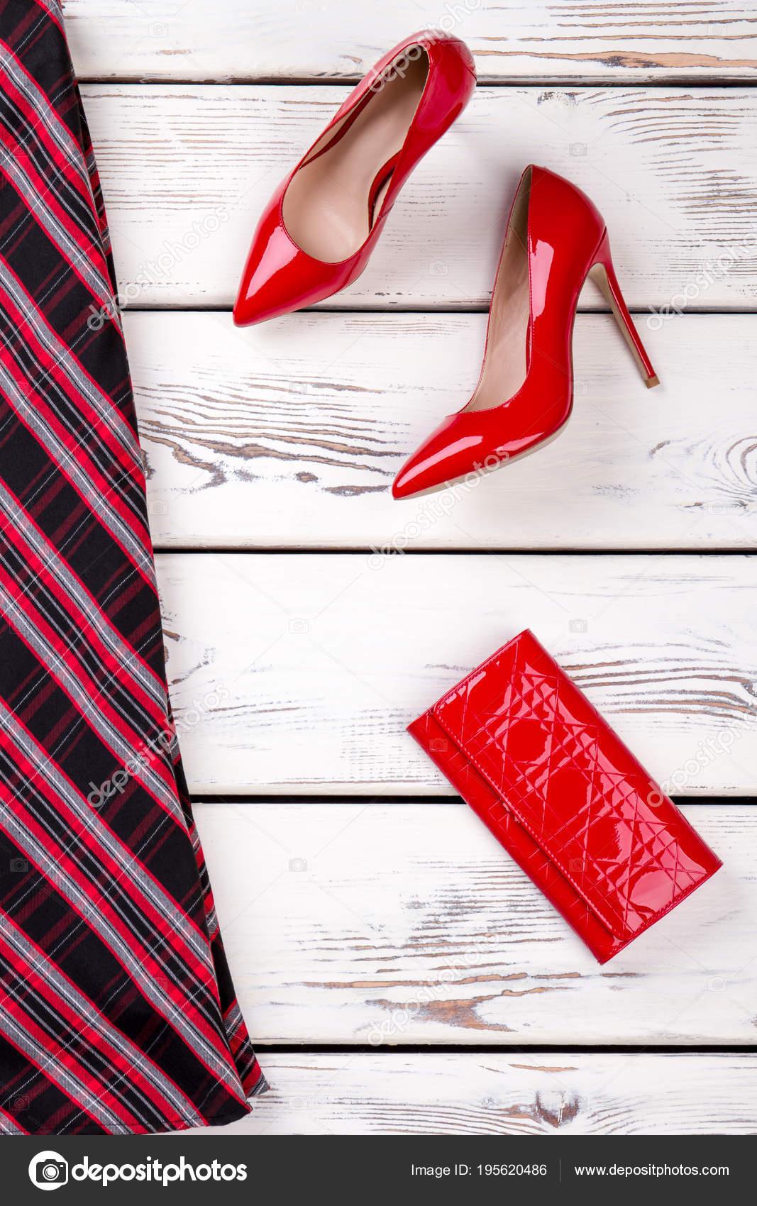 312fba6c76 Falda mujer de roja y negra