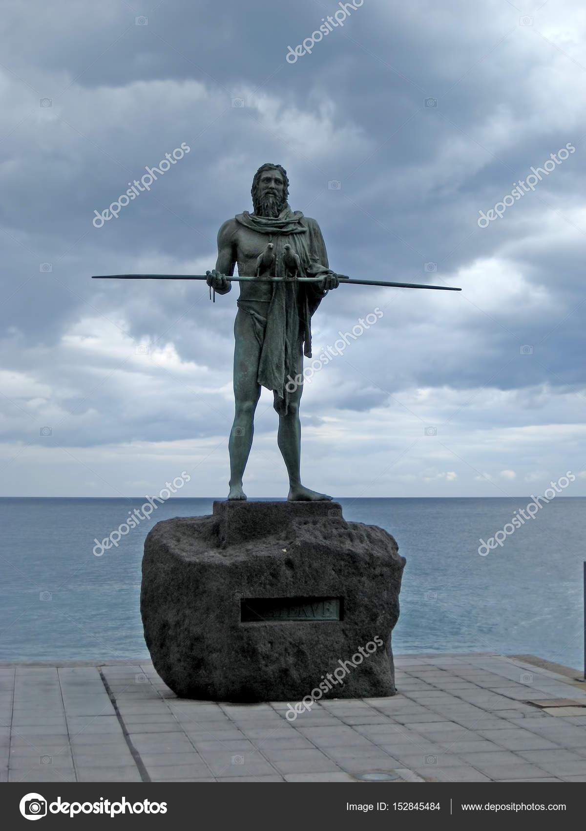 Guanches indians statues located at Plaza de la Patrona de Canarias ...