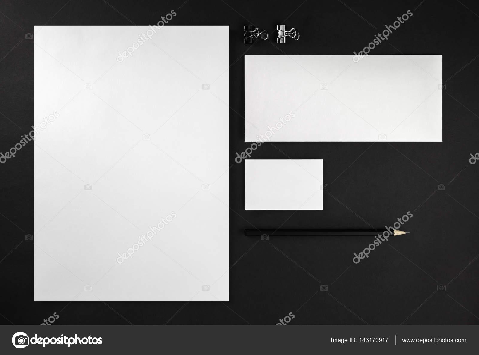 Maqueta para colocar tu diseño — Foto de stock © Veresovich #143170917