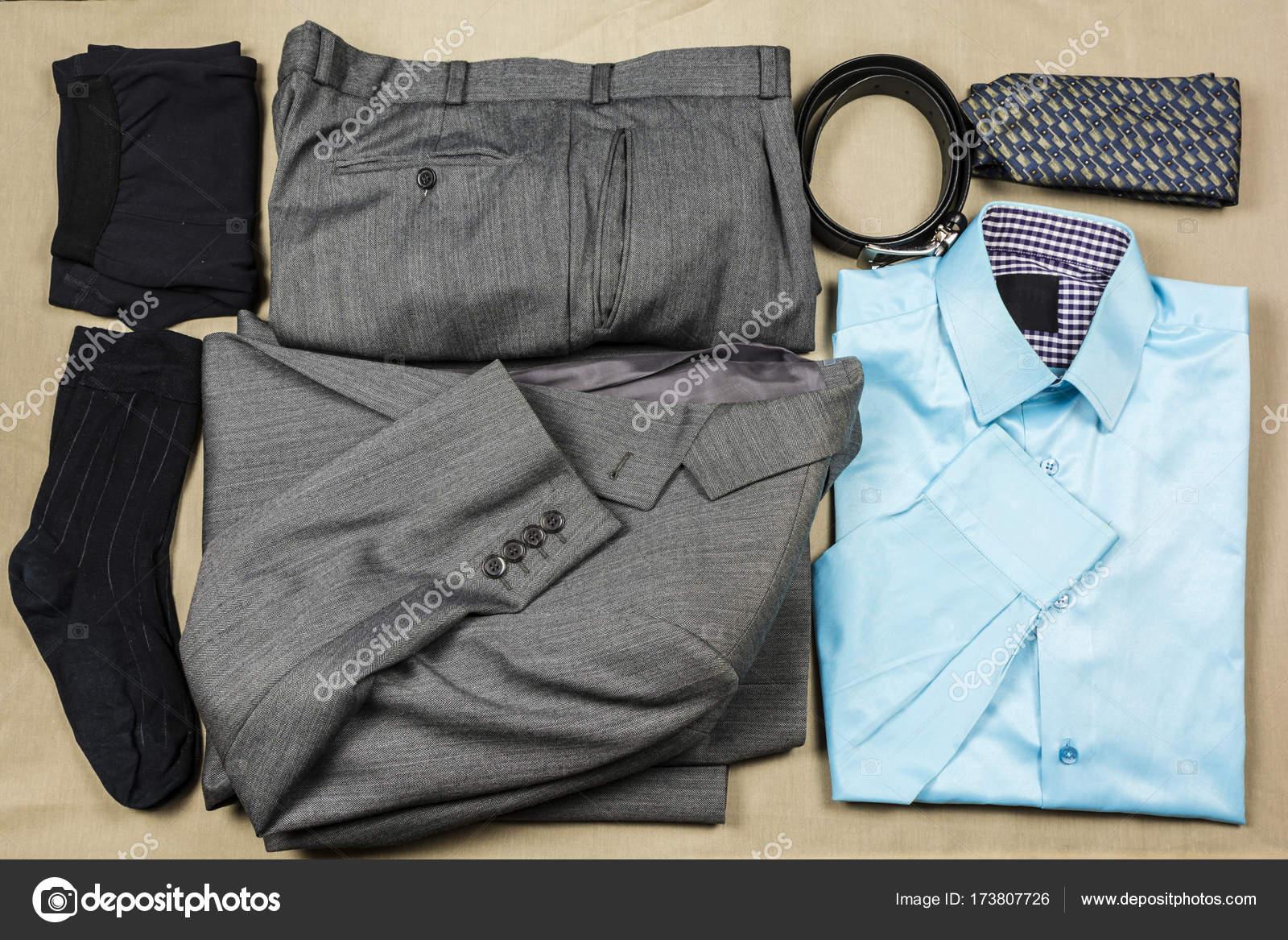 Vestito Elegante Ufficio : Set di vestiti eleganti per lavoro d ufficio u foto stock