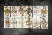 Fényképek A lengyel változatát a számok a játékkártya