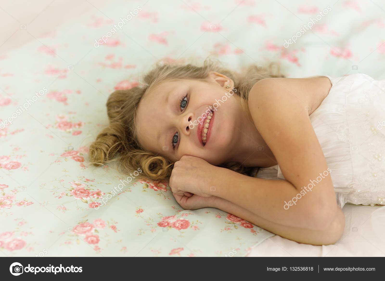 Проснулся в постели с фото 6-153
