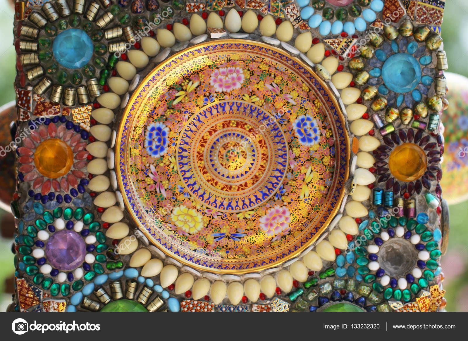 Dise o de arte del colorido azulejo roto grano tapa de for Diseno de piedras decorativas