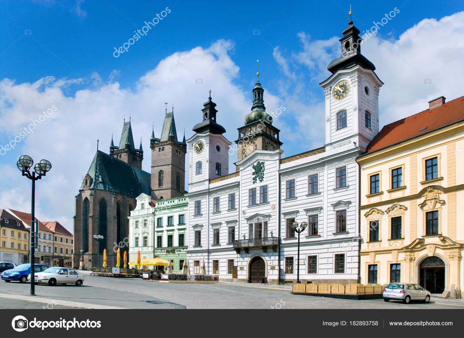 白いタワー、市庁舎、聖霊、フラ...