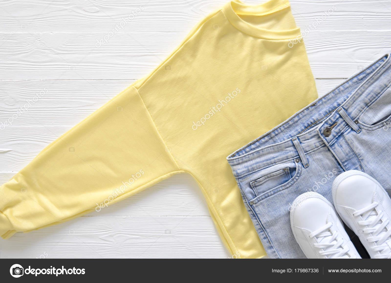 18706116b86a Γυναικεία ρούχα