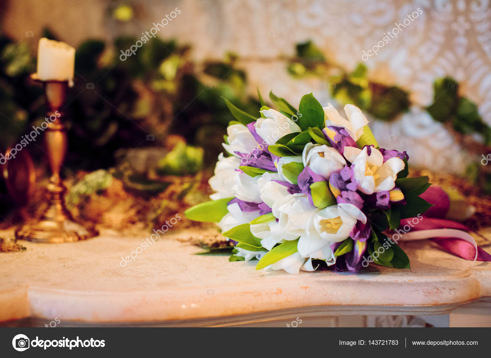 Hochzeitsblumen Und Schone Schuhe Dekoration Schonheit Hochzeit