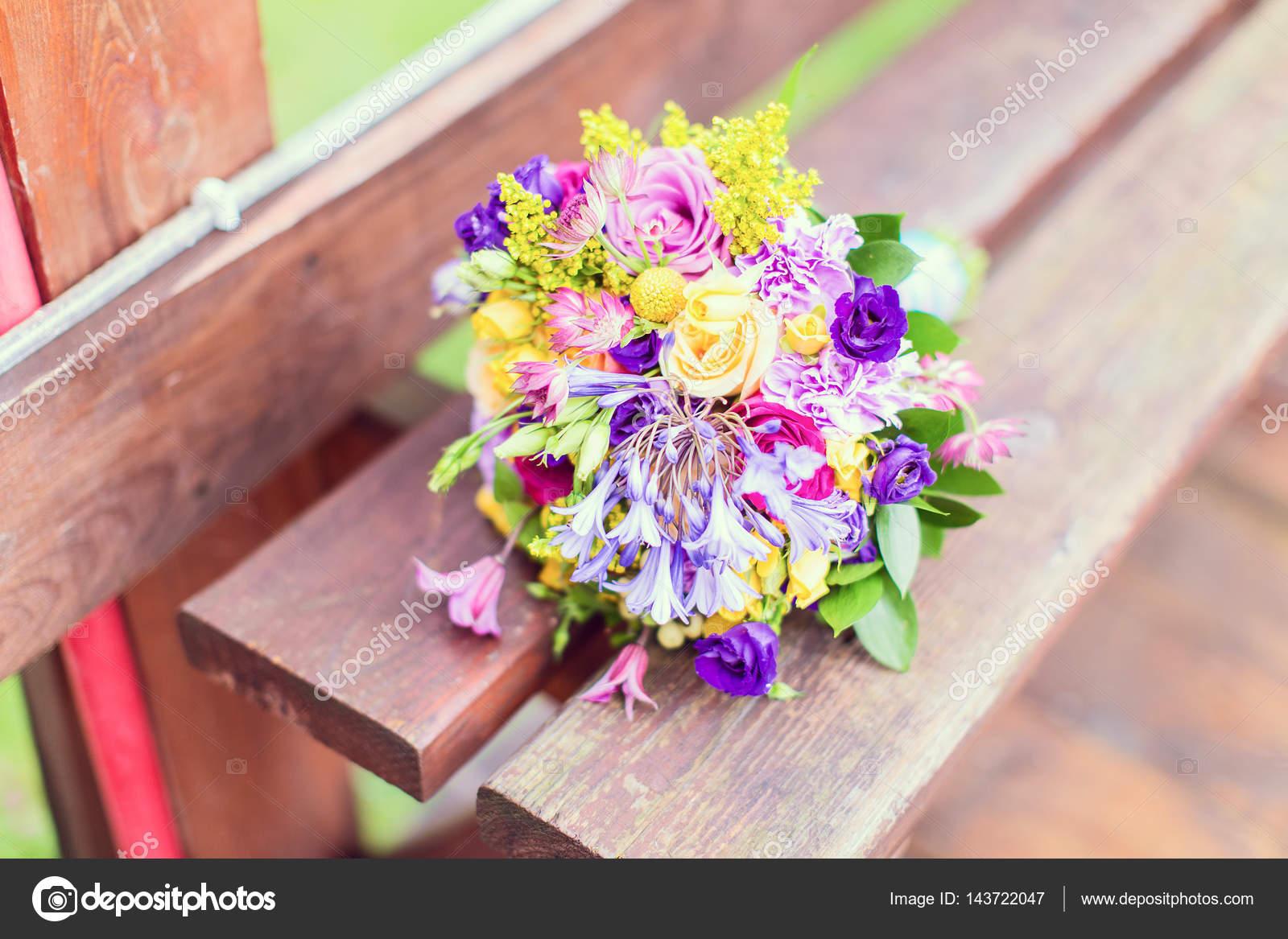 Bukiety ślubne I Dekoracje Piękne Buty Piękno Wesele Panna Młoda