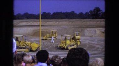 demonstration of construction equipment