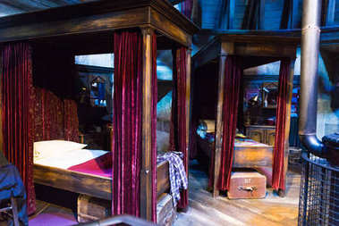 The set of Harry Potter and other students bedroom in Hogwarts,
