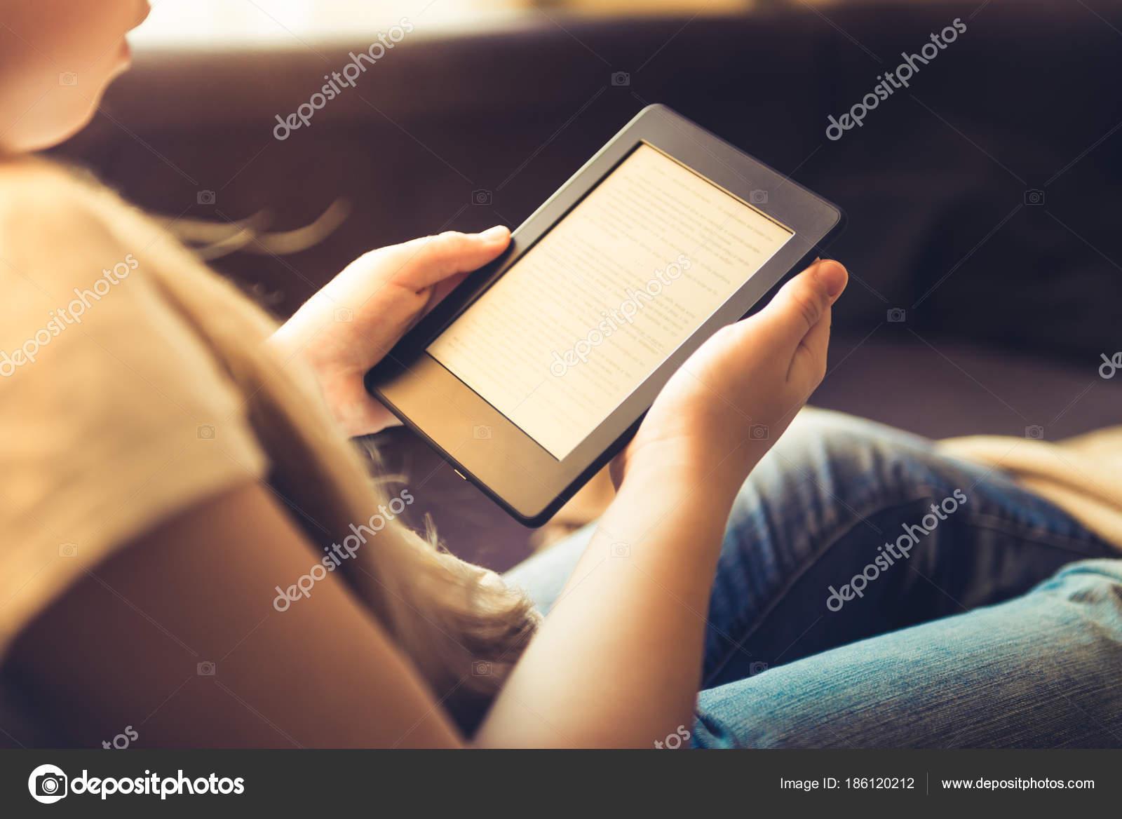Как скачивать учебники на планшет youtube.