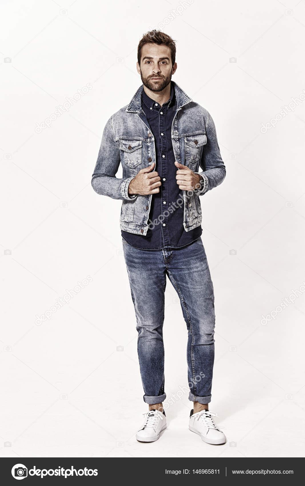 Hombre De Con Mezclilla Sanneberg © — Fotos Vestido Ropa Stock wkXiOPuZT