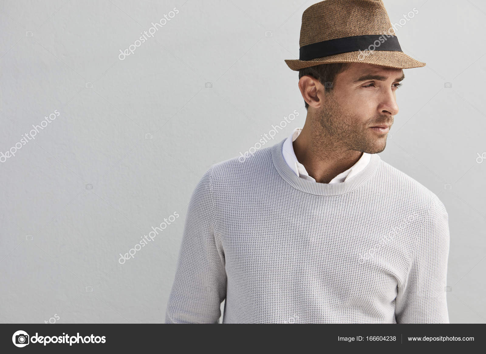 a90f7889d41d9 Handsome guy in hat — Stock Photo © sanneberg  166604238