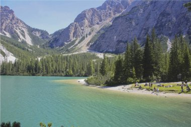 109_Braies Lake, the set of