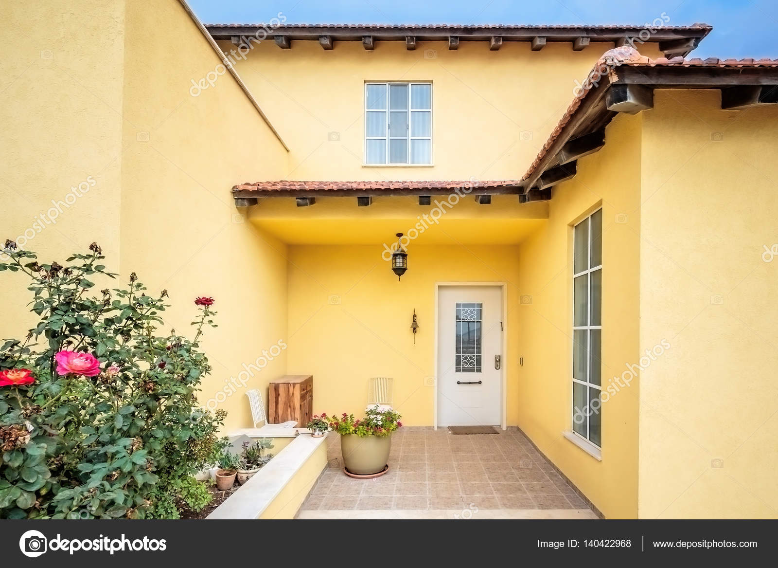 Bezaubernd Moderne Hauseingänge Das Beste Von Moderner Eingang — Stockfoto