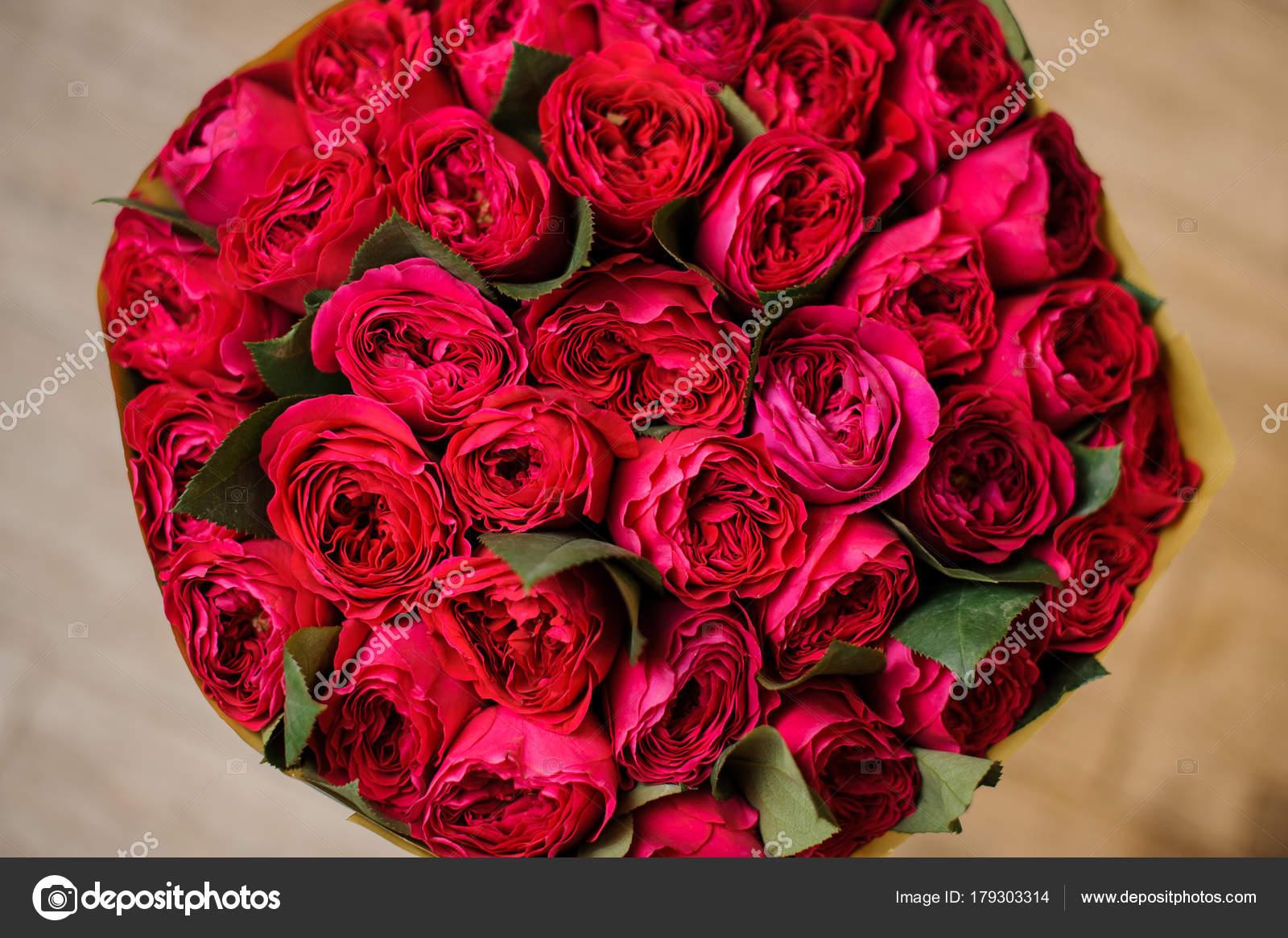 Ramos De Rosas Rojas Grandes