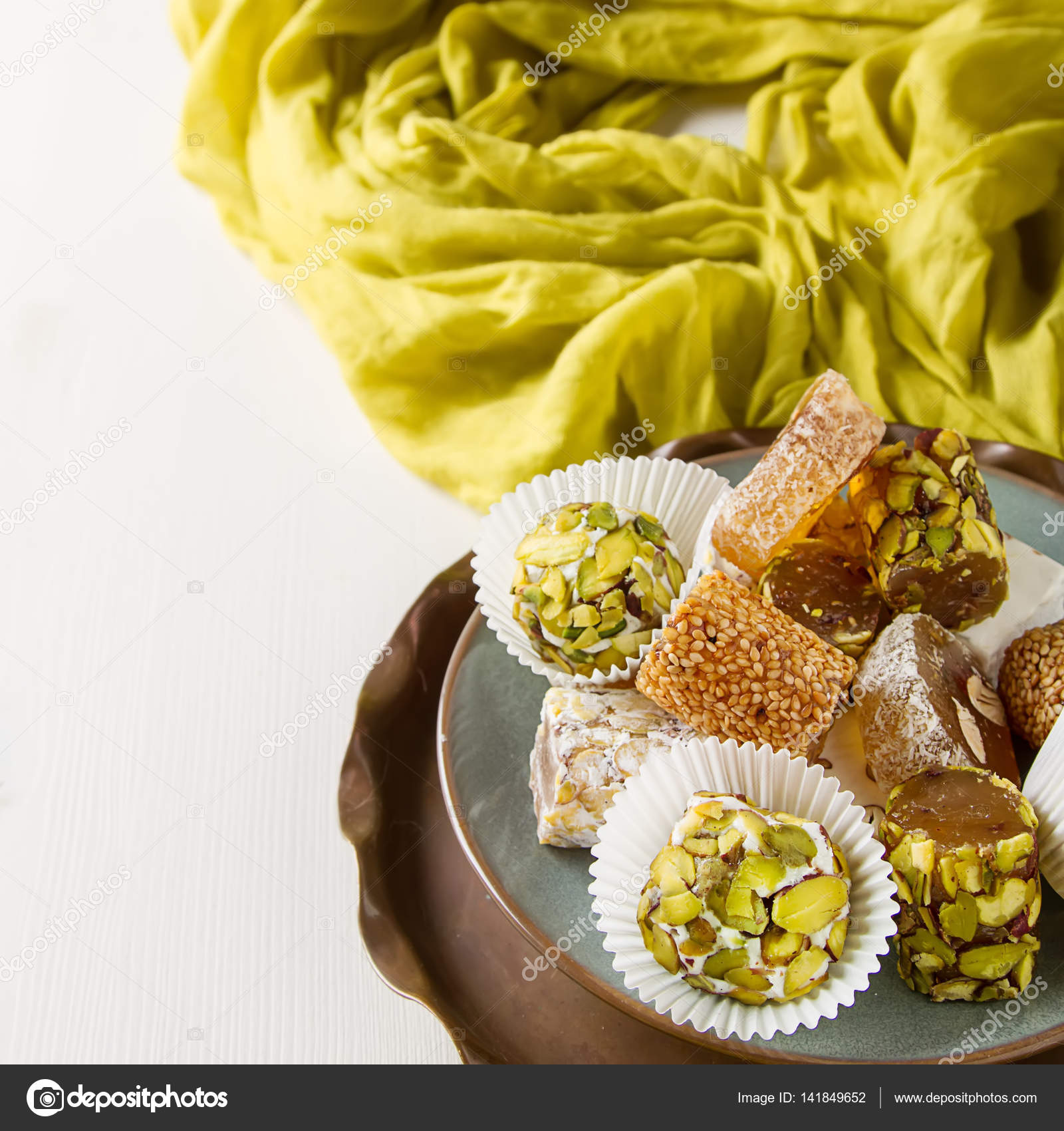 What make Turkish delight East sweets 70
