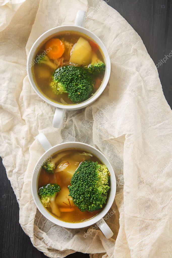 Vegetarian soup of broccoli, cauliflower, and carrots kortoshki.