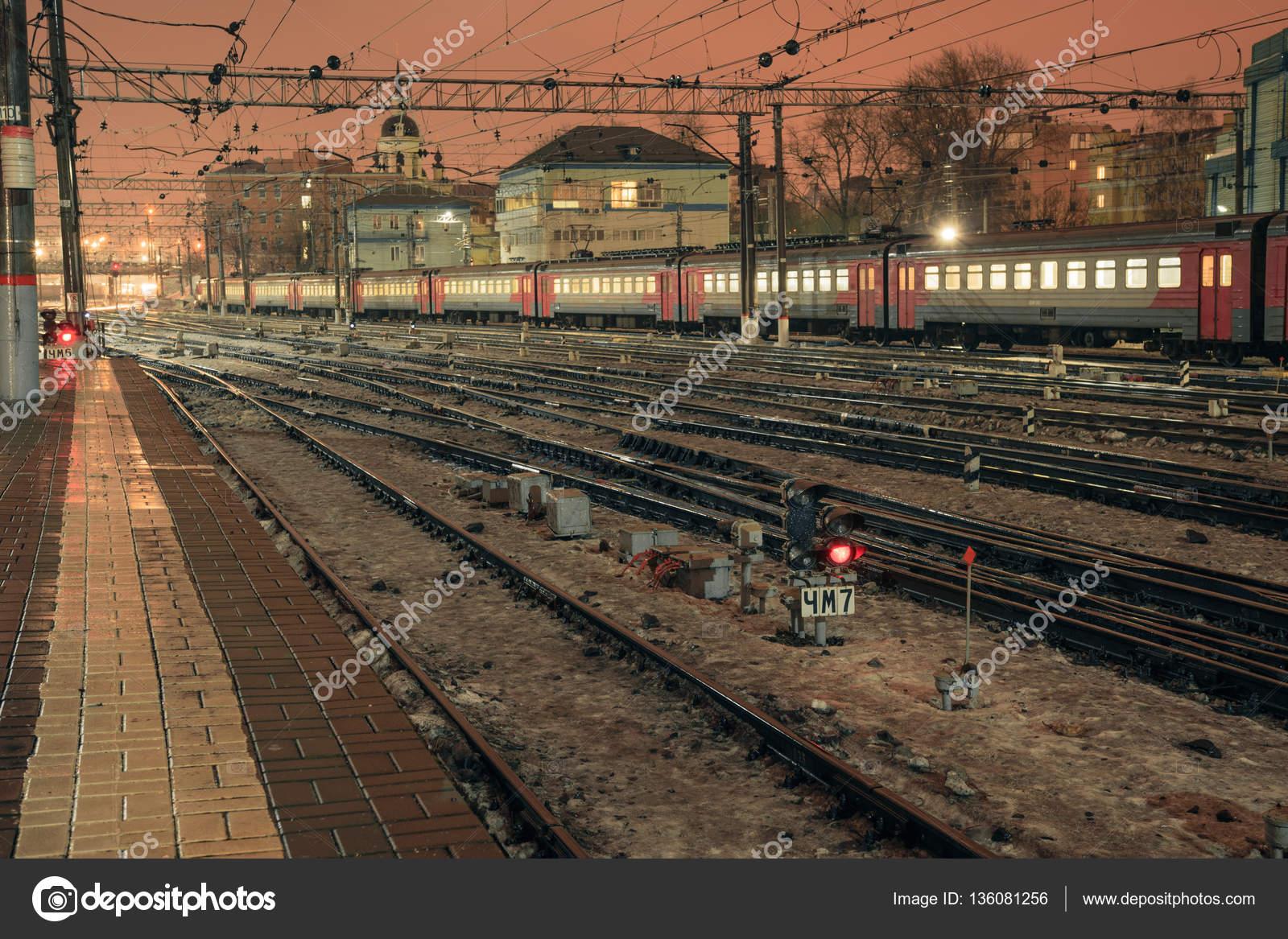 комочке картинки казанского вокзала москва жд пути вырезали