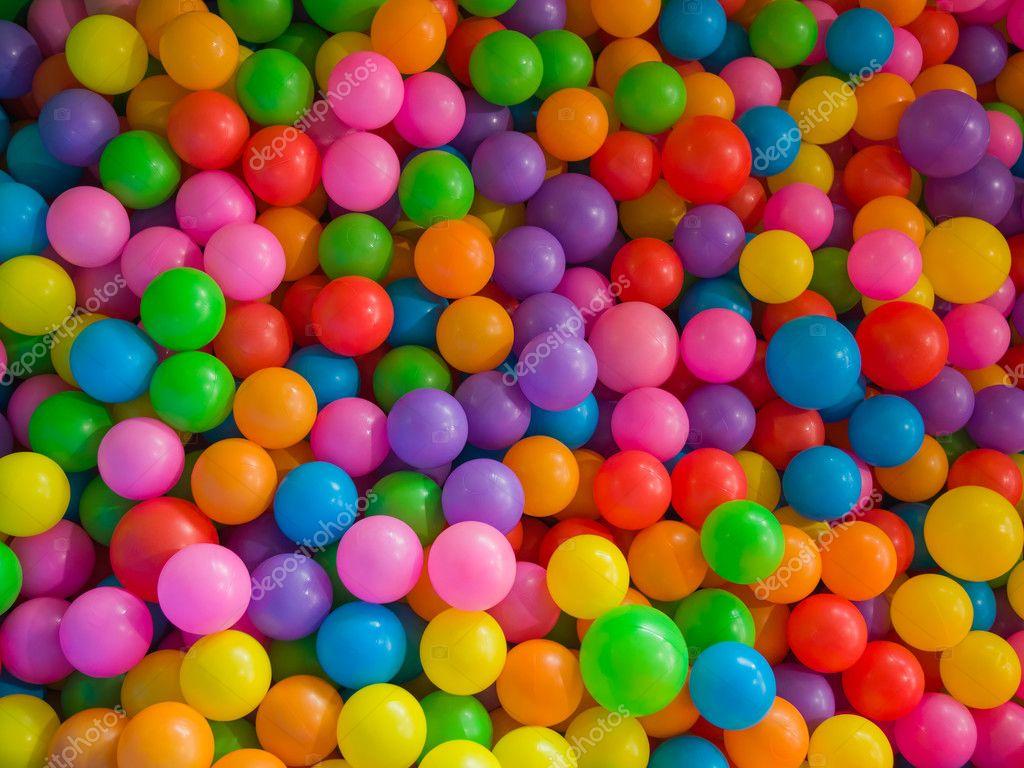 giochi palline colorate da