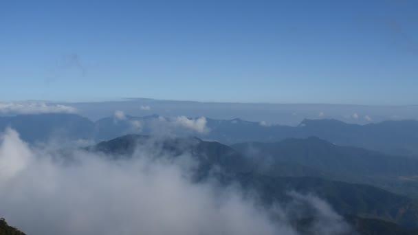 táj hegy köd Ba Na dombok Vietnamban