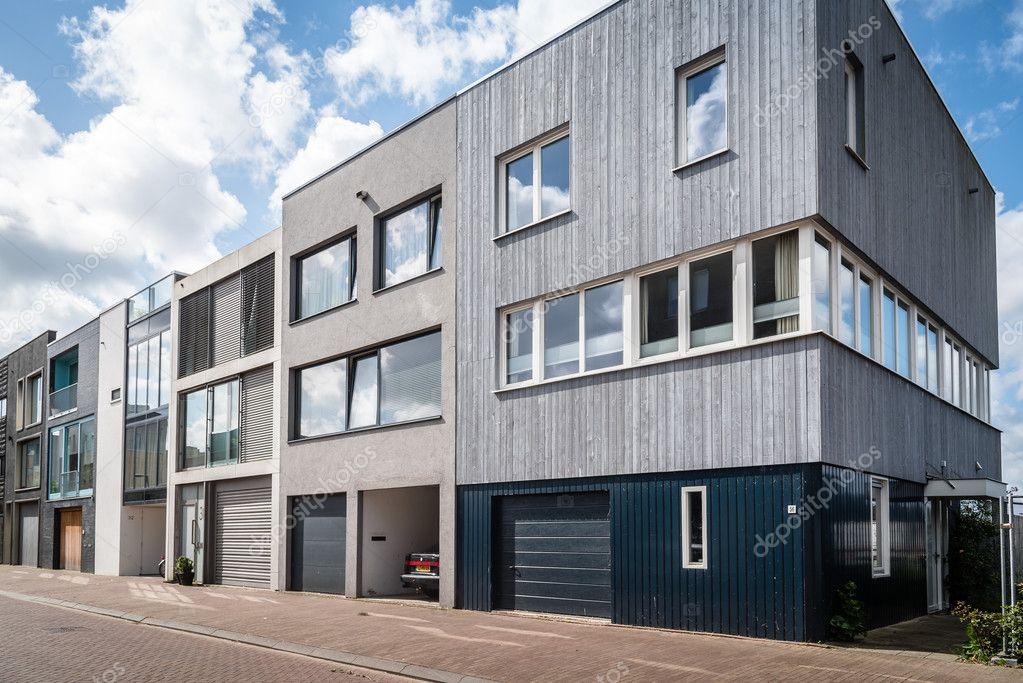 Case a schiera architettura moderna a amsterdam foto for Architettura moderna case