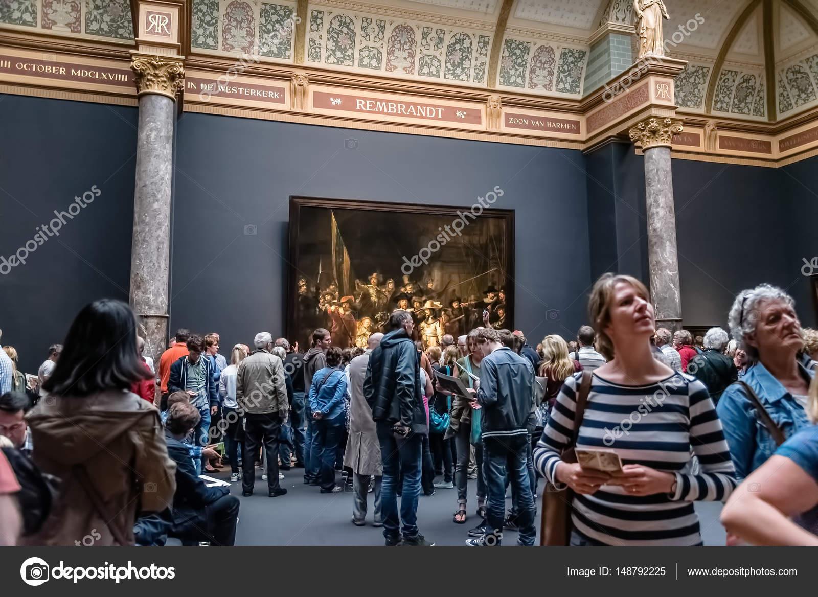 https://st3.depositphotos.com/4118055/14879/i/1600/depositphotos_148792225-stockafbeelding-interieur-van-het-rijksmuseum-in.jpg