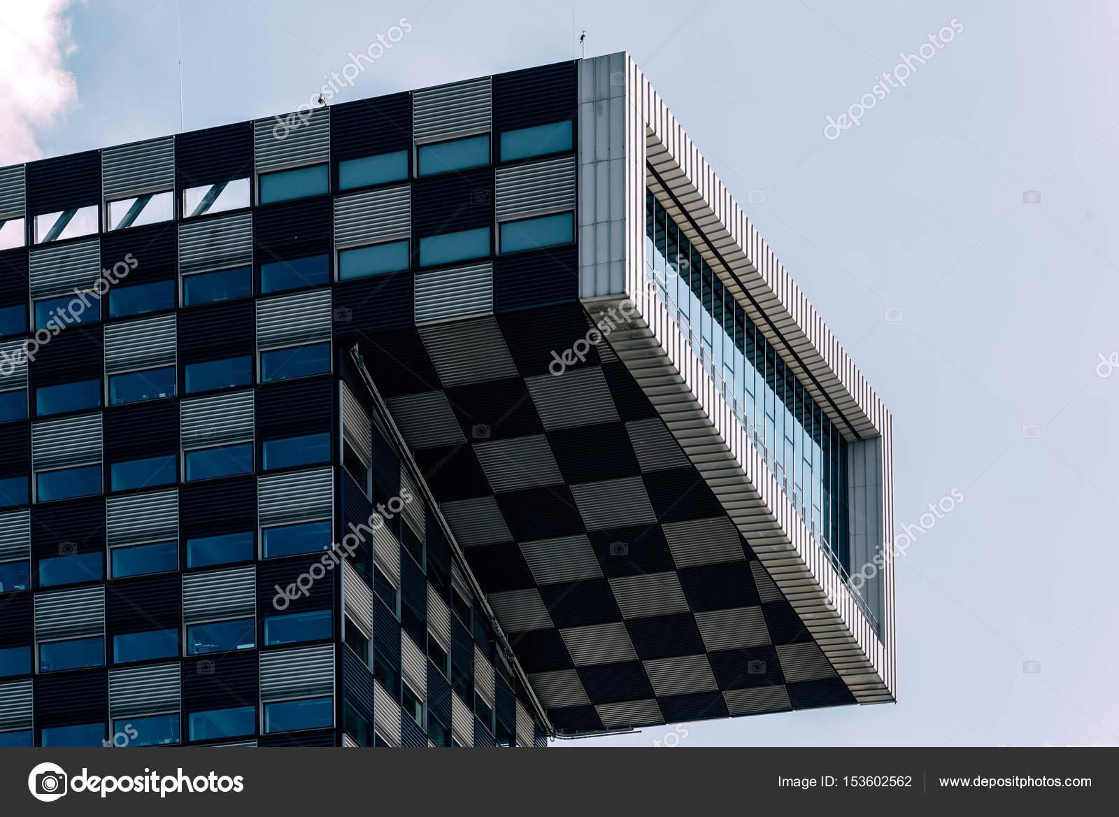Architecture moderne immeuble de bureaux à rotterdam u2014 photo
