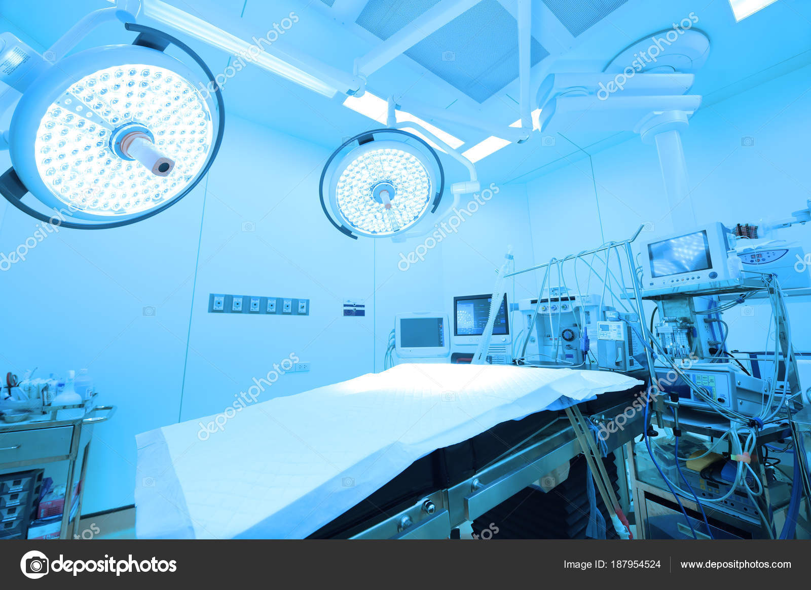 Attrezzature dispositivi medici sala operatoria moderna prendere con