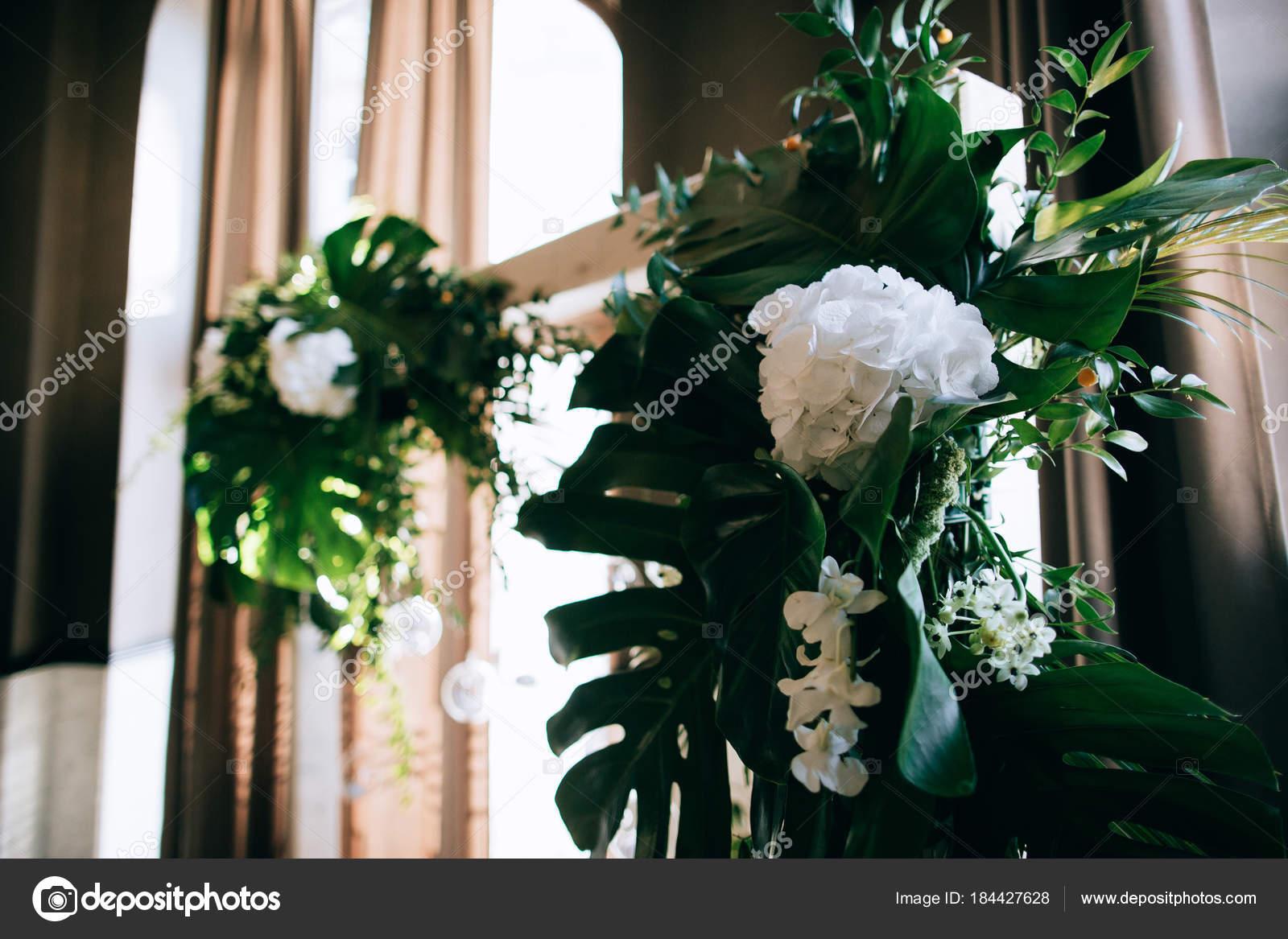 Schone Hochzeitsblumen Dekoration Stockfoto C Beorm 184427628