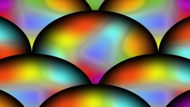 Barevné duhové koule měnící barvy v pohybu zoomu, fantazie abstraktní klip
