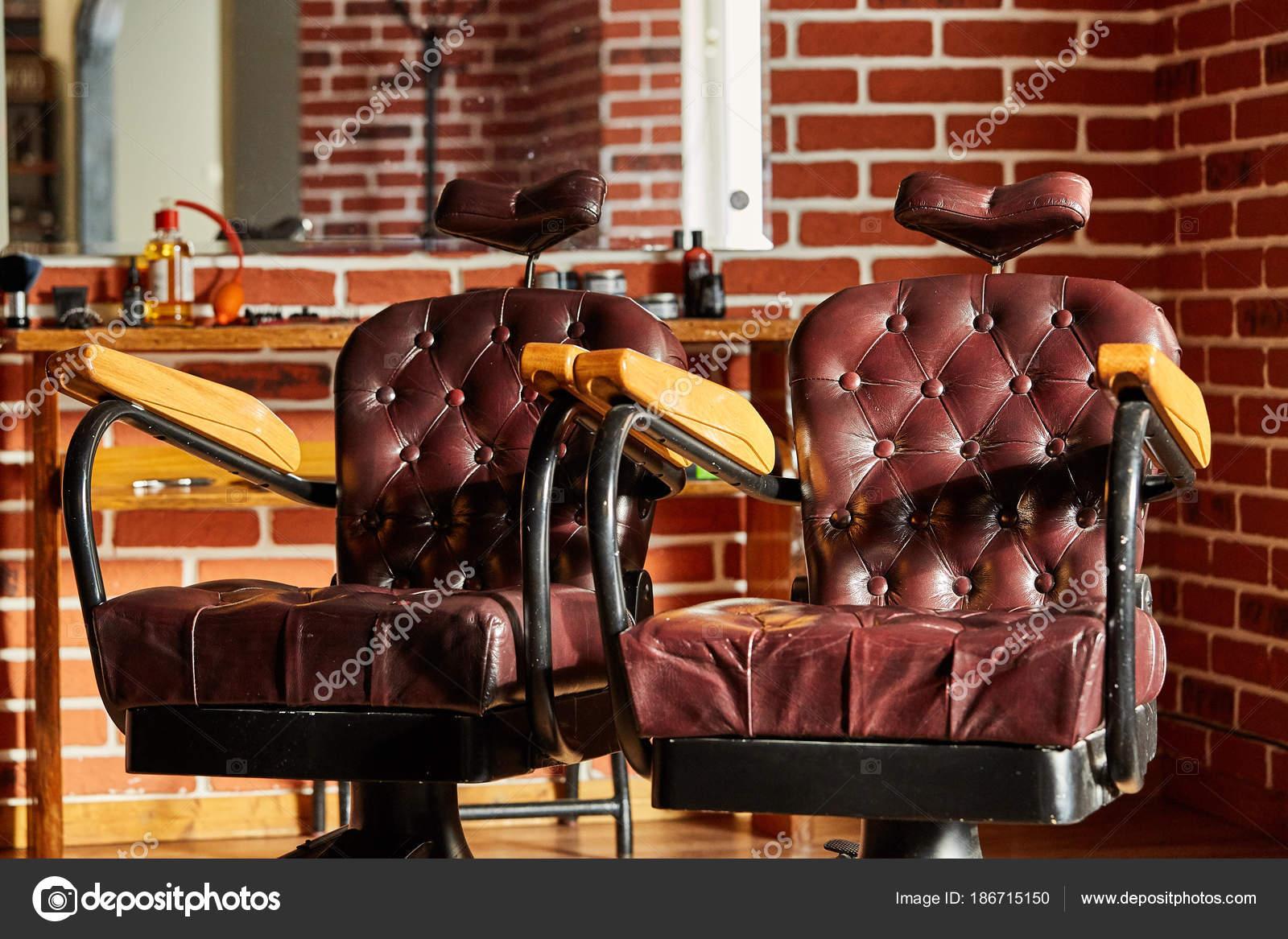 Retro Leder Stuhl Friseur Im Vintage Stil Barbershop Thema